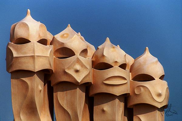 Gaudi Rulez II � Webalistic Photo