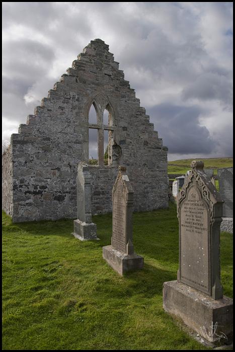 400 year old safehouse � Webalistic Photo